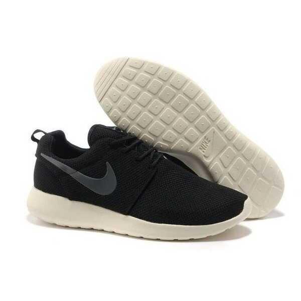 Nike Roshe Run Бело-черные