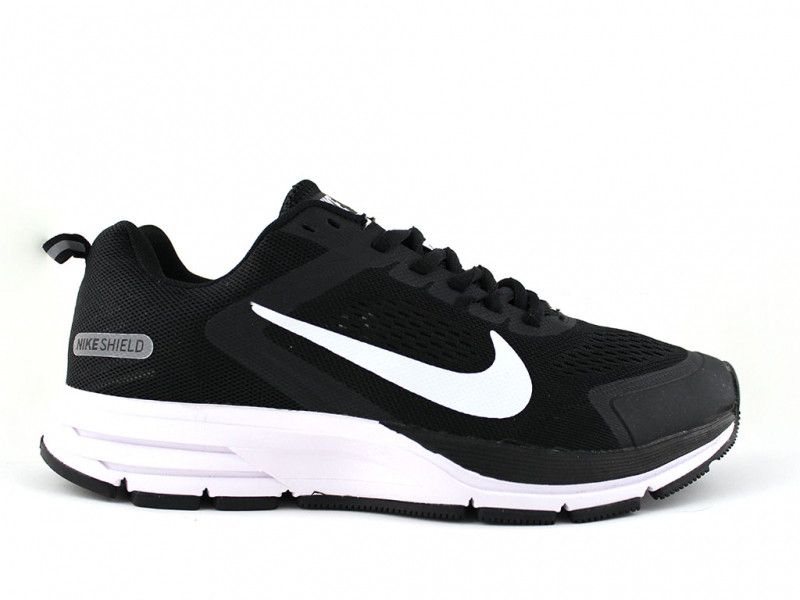 Nike Air Zoom Structure 17 Shield